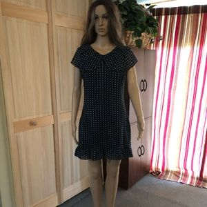 Dresses & Skirts - NEW Dress